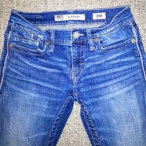 BKE Aaron straight leg, low rise jeans